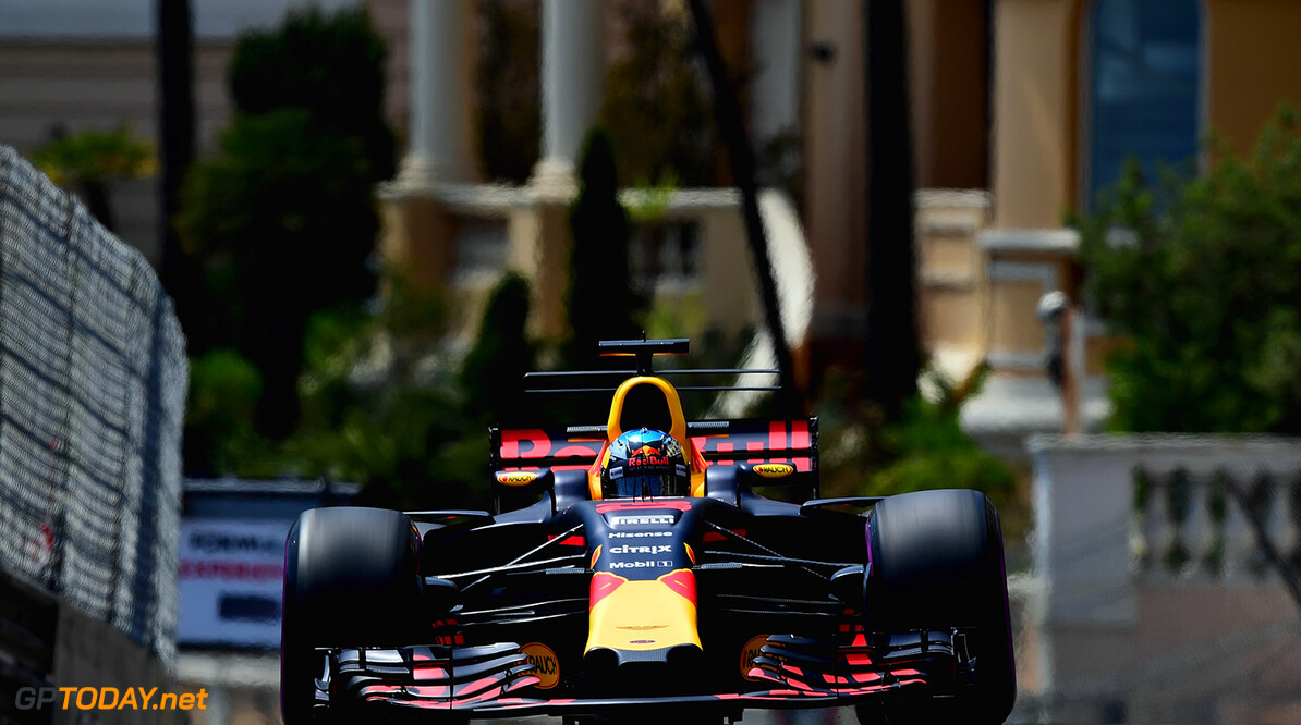 MONTE-CARLO, MONACO - MAY 25: Daniel Ricciardo of Australia driving the (3) Red Bull Racing Red Bull-TAG Heuer RB13 TAG Heuer on track during practice for the Monaco Formula One Grand Prix at Circuit de Monaco on May 25, 2017 in Monte-Carlo, Monaco.  (Photo by Shaun Botterill/Getty Images) // Getty Images / Red Bull Content Pool  // P-20170525-00617 // Usage for editorial use only // Please go to www.redbullcontentpool.com for further information. //  F1 Grand Prix of Monaco - Practice Shaun Botterill Monte-Carlo (City) Monaco  P-20170525-00617