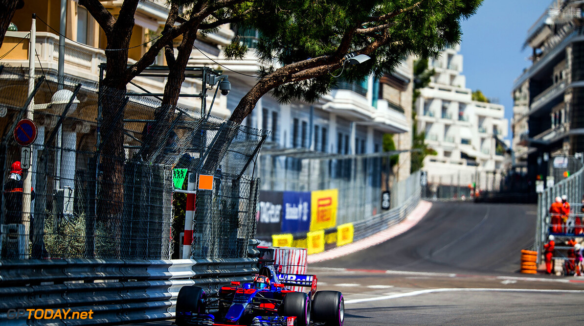 MONTE-CARLO, MONACO - MAY 25:  25:  25:  25:  Daniil Kvyat of Scuderia Toro Rosso and Russia during practice for the Monaco Formula One Grand Prix at Circuit de Monaco on May 25, 2017 in Monte-Carlo, Monaco.  (Photo by Peter Fox/Getty Images) // Getty Images / Red Bull Content Pool  // P-20170525-01068 // Usage for editorial use only // Please go to www.redbullcontentpool.com for further information. //  F1 Grand Prix of Monaco - Practice Peter Fox Monte-Carlo (City) Monaco  P-20170525-01068
