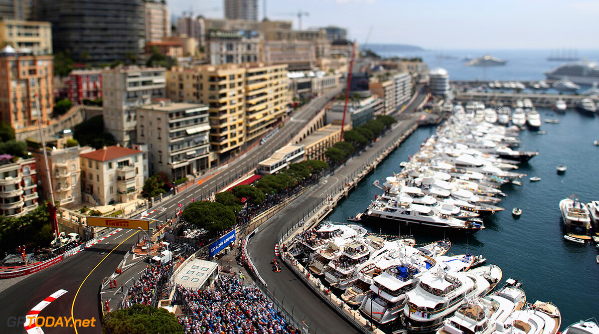 MONTE-CARLO, MONACO - MAY 25:  (EDITORS NOTE: Image was created using a variable planed lens.) Max Verstappen of the Netherlands driving the (33) Red Bull Racing Red Bull-TAG Heuer RB13 TAG Heuer on track during practice for the Monaco Formula One Grand Prix at Circuit de Monaco on May 25, 2017 in Monte-Carlo, Monaco.  (Photo by Mark Thompson/Getty Images) // Getty Images / Red Bull Content Pool  // P-20170525-00533 // Usage for editorial use only // Please go to www.redbullcontentpool.com for further information. //  F1 Grand Prix of Monaco - Practice Mark Thompson Monte-Carlo (City) Monaco  P-20170525-00533