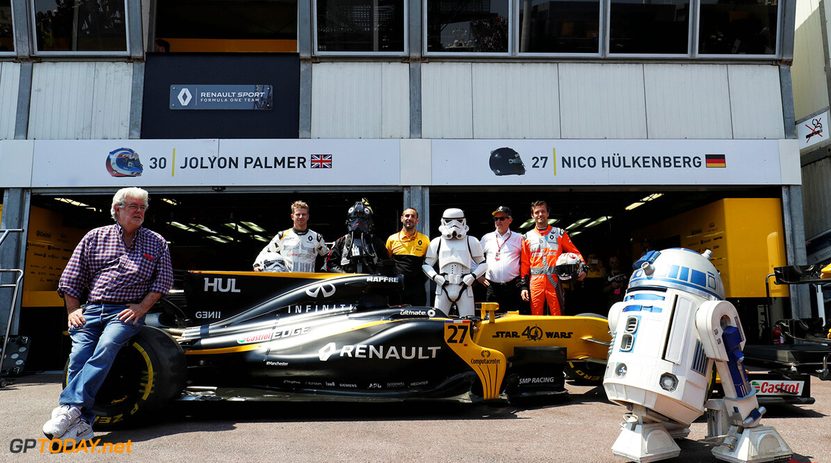 Formula One World Championship (L to R): George Lucas (USA) Star Wars Creator; Nico Hulkenberg (GER) Renault Sport F1 Team; Cyril Abiteboul (FRA) Renault Sport F1 Managing Director; Jerome Stoll (FRA) Renault Sport F1 President; and Jolyon Palmer (GBR) Renault Sport F1 Team with characters from Star Wars to celebrate 40 years since the first film release. Monaco Grand Prix, Sunday 28th May 2017. Monte Carlo, Monaco. Motor Racing - Formula One World Championship - Monaco Grand Prix - Sunday - Monte Carlo, Monaco Renault Sport Formula One Team Monte Carlo Monaco  Formula One Formula 1 F1 GP Grand Prix Monte Carlo Monaco Monte-Carlo JM713 Hulkenberg H?lkenberg Huelkenberg Portrait GP1706d