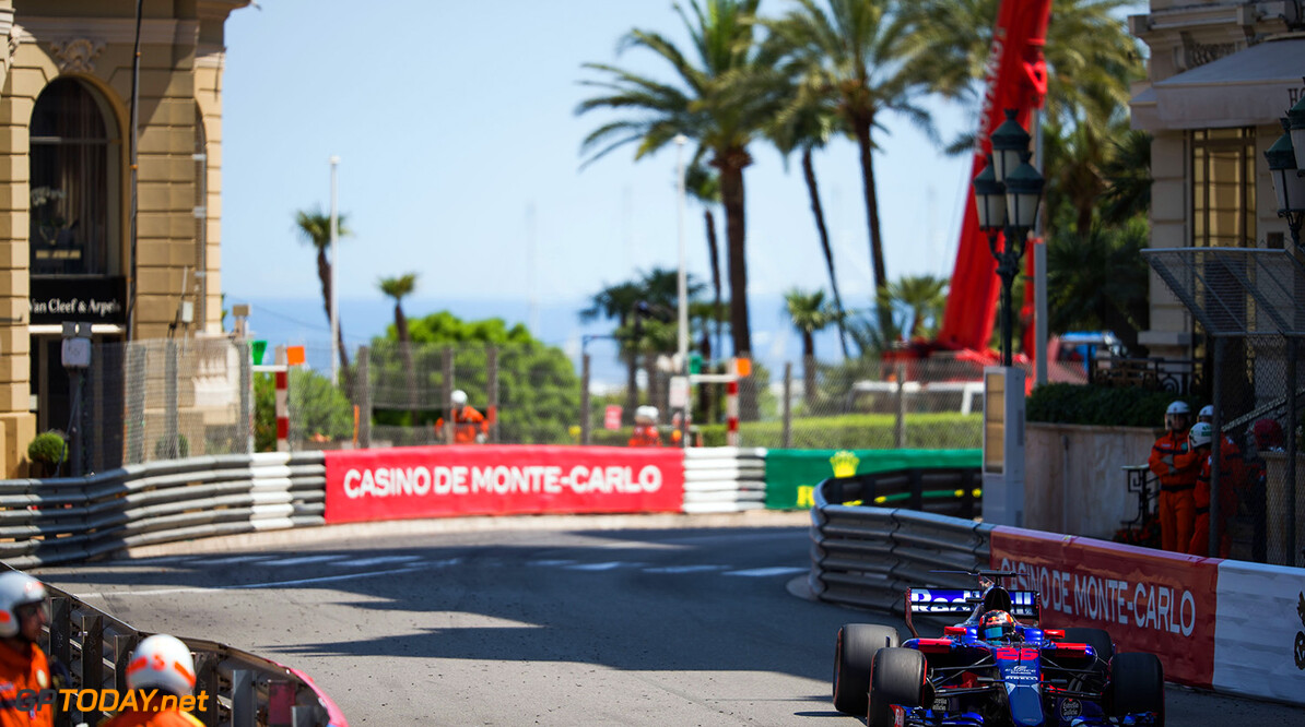 MONACO - MAY 28:  Daniil Kvyat of Scuderia Toro Rosso and Russia during the Monaco Formula One Grand Prix at Circuit de Monaco on May 28, 2017 in Monte-Carlo, Monaco.  (Photo by Peter Fox/Getty Images) // Getty Images / Red Bull Content Pool  // P-20170528-00386 // Usage for editorial use only // Please go to www.redbullcontentpool.com for further information. //  F1 Grand Prix of Monaco Peter Fox Monte-Carlo (City) Monaco  P-20170528-00386