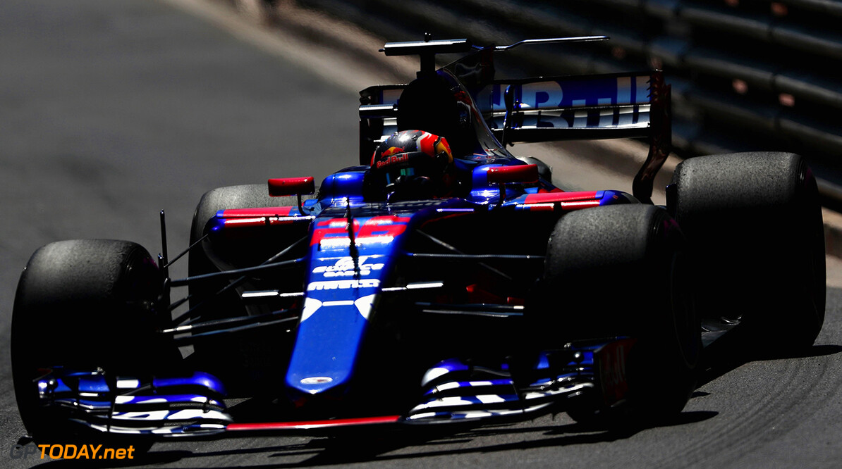 MONTE-CARLO, MONACO - MAY 28: Daniil Kvyat of Russia driving the (26) Scuderia Toro Rosso STR12 on track during the Monaco Formula One Grand Prix at Circuit de Monaco on May 28, 2017 in Monte-Carlo, Monaco.  (Photo by Dan Istitene/Getty Images) // Getty Images / Red Bull Content Pool  // P-20170528-01134 // Usage for editorial use only // Please go to www.redbullcontentpool.com for further information. //  F1 Grand Prix of Monaco Dan Istitene Monte-Carlo (City) Monaco  P-20170528-01134
