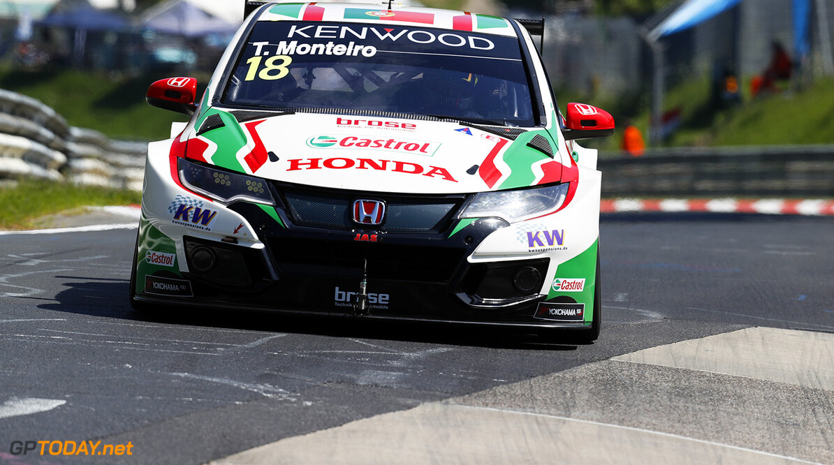 18 MONTEIRO Tiago (prt), Honda Civic team Castrol Honda WTC, action during the 2017 FIA WTCC World Touring Car Race of Nurburgring, Germany from May 26 to 28 - Photo Clement Marin / DPPI AUTO - WTCC NURBURGING 2017 Clement Marin Nurburg Allemagne  allemagne auto championnat du monde circuit course europe fia motorsport tourisme wtcc