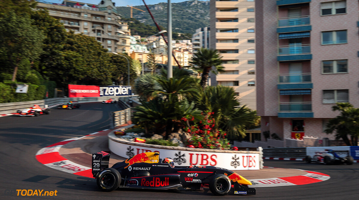 MONACO (MC) MAY 25-28-2017 - Grand Prix de Monaco 2017. Richard Verschoor #29 MP Motorsport. // Dutch Photo Agency/Red Bull Content Pool // P-20170526-00286 // Usage for editorial use only // Please go to www.redbullcontentpool.com for further information. //  Richard Verschoor Nicolaas Kerkmeijer Monte-Carlo (City) Monaco  P-20170526-00286