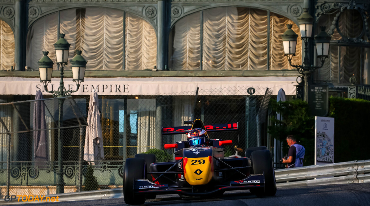 MONACO, 25-28 May 2017: Grand Prix de Monaco 2017. Richard Verschoor #29 MP Motorsport. // Dutch Photo Agency/Red Bull Content Pool // P-20170526-00259 // Usage for editorial use only // Please go to www.redbullcontentpool.com for further information. //  Richard Verschoor Sebastiaan Rozendaal Monte-Carlo (City) Monaco  P-20170526-00259