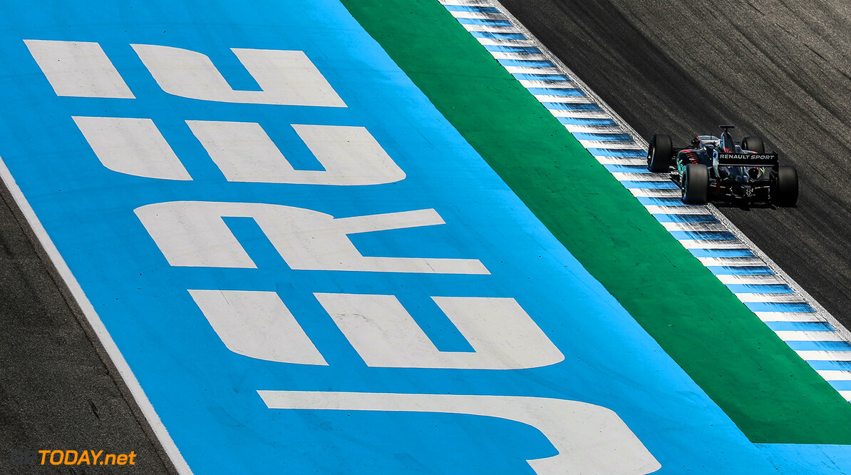 JEREZ (ESP) MAY 26-28 2017 - 4th round of the Worldseries Formula V8 3.5 at circuito de Jerez. Guisseppe Cipriani #15 Barone Rampante. Action. (C) 2017 Klaas Norg  / Dutch Photo Agency JEREZ RACING FORMULA V8 2017     Auto Autosport Car Formula Jerez Michelin Motorsports Race Racing Renault Spain Track World Series