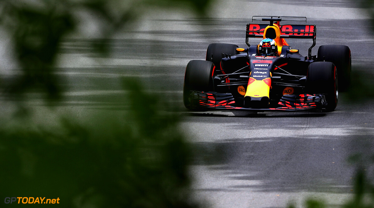 MONTREAL, QC - JUNE 09: Daniel Ricciardo of Australia driving the (3) Red Bull Racing Red Bull-TAG Heuer RB13 TAG Heuer on track during practice for the Canadian Formula One Grand Prix at Circuit Gilles Villeneuve on June 9, 2017 in Montreal, Canada.  (Photo by Mark Thompson/Getty Images) // Getty Images / Red Bull Content Pool  // P-20170609-02525 // Usage for editorial use only // Please go to www.redbullcontentpool.com for further information. //  Canadian F1 Grand Prix - Practice Mark Thompson  Canada  P-20170609-02525