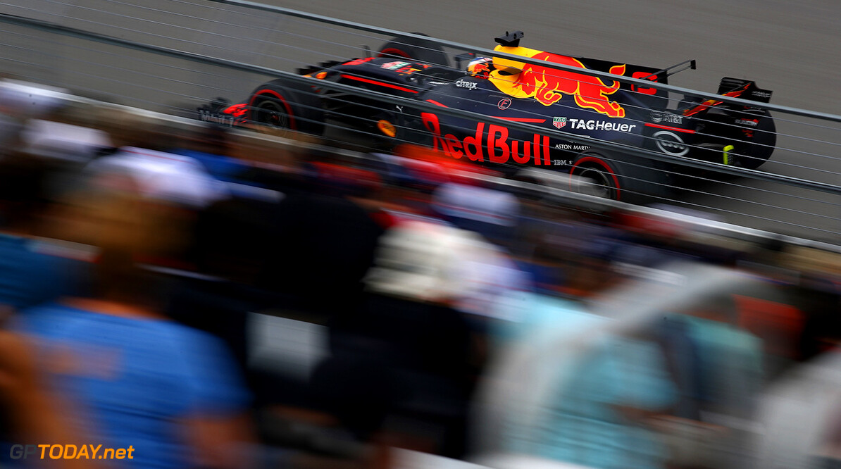 MONTREAL, QC - JUNE 09: Daniel Ricciardo of Australia driving the (3) Red Bull Racing Red Bull-TAG Heuer RB13 TAG Heuer on track during practice for the Canadian Formula One Grand Prix at Circuit Gilles Villeneuve on June 9, 2017 in Montreal, Canada.  (Photo by Clive Mason/Getty Images) // Getty Images / Red Bull Content Pool  // P-20170609-01956 // Usage for editorial use only // Please go to www.redbullcontentpool.com for further information. //  Canadian F1 Grand Prix - Practice Clive Mason  Canada  P-20170609-01956