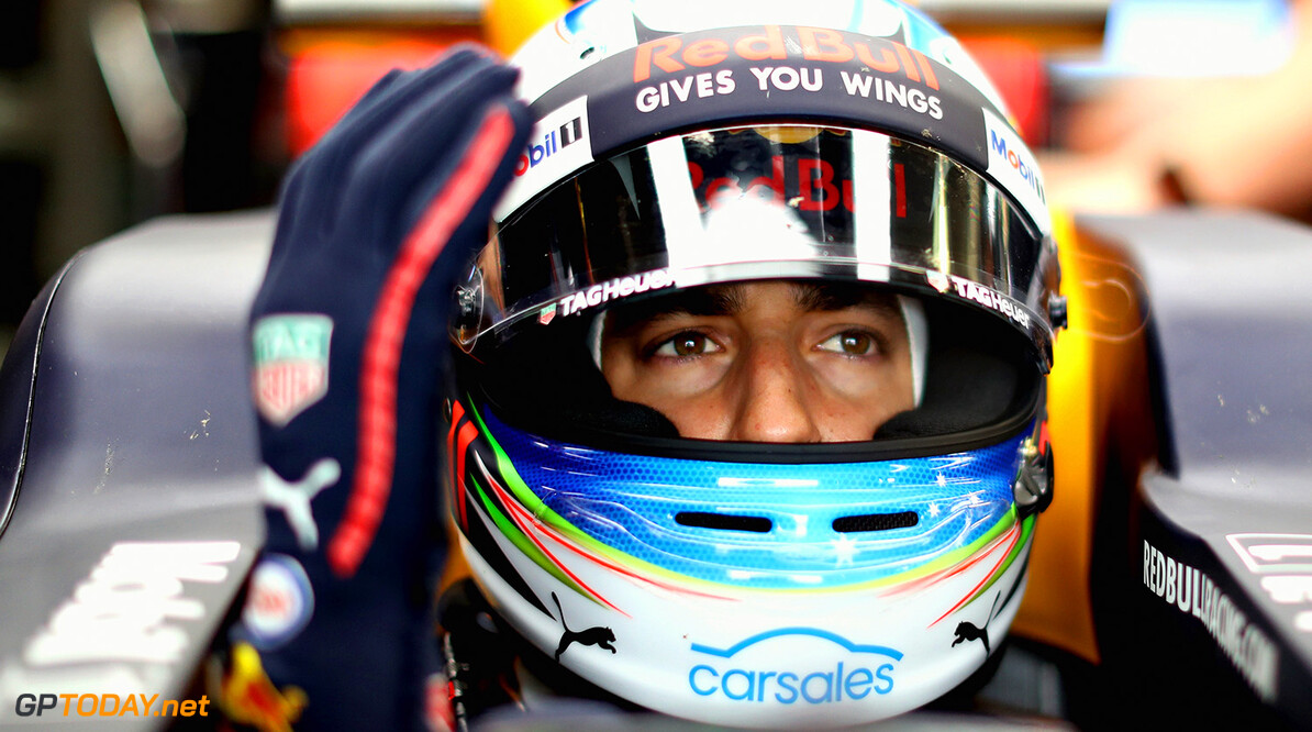 MONTREAL, QC - JUNE 09: Daniel Ricciardo of Australia and Red Bull Racing prepares to drive in the garage during practice for the Canadian Formula One Grand Prix at Circuit Gilles Villeneuve on June 9, 2017 in Montreal, Canada.  (Photo by Mark Thompson/Getty Images) // Getty Images / Red Bull Content Pool  // P-20170609-01999 // Usage for editorial use only // Please go to www.redbullcontentpool.com for further information. //  Canadian F1 Grand Prix - Practice Mark Thompson  Canada  P-20170609-01999