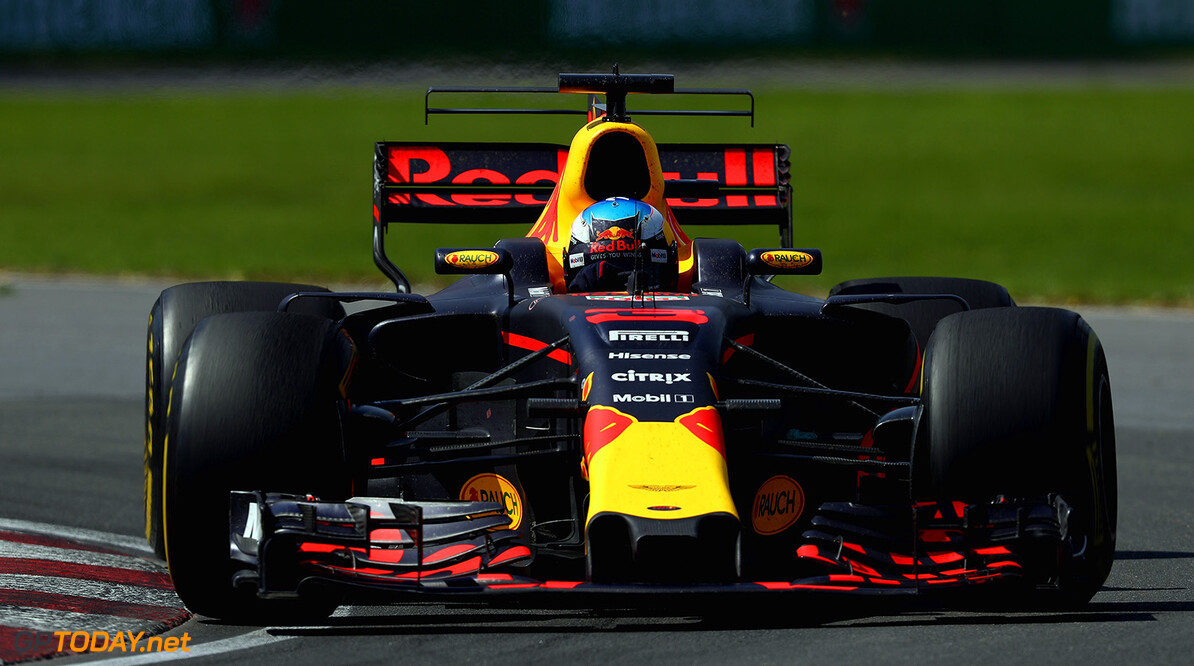 MONTREAL, QC - JUNE 11: Daniel Ricciardo of Australia driving the (3) Red Bull Racing Red Bull-TAG Heuer RB13 TAG Heuer on track during the Canadian Formula One Grand Prix at Circuit Gilles Villeneuve on June 11, 2017 in Montreal, Canada.  (Photo by Clive Mason/Getty Images) // Getty Images / Red Bull Content Pool  // P-20170612-00274 // Usage for editorial use only // Please go to www.redbullcontentpool.com for further information. //  Canadian F1 Grand Prix Clive Mason  Canada  P-20170612-00274