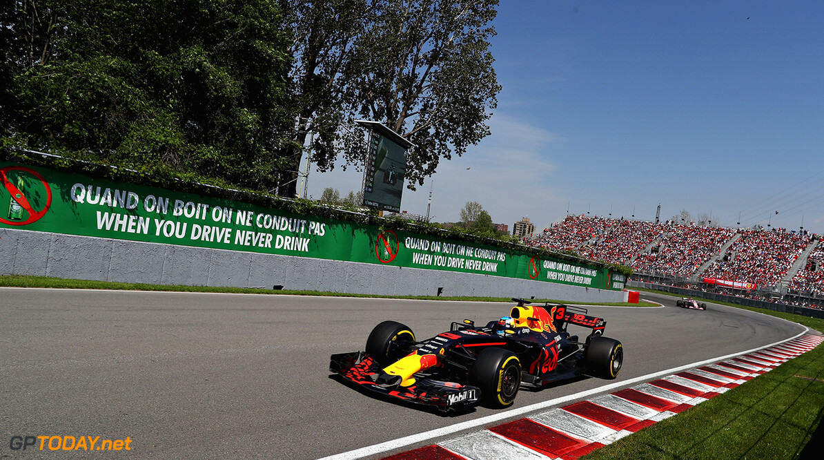MONTREAL, QC - JUNE 11:  Daniel Ricciardo of Australia driving the (3) Red Bull Racing Red Bull-TAG Heuer RB13 TAG Heuer on track during the Canadian Formula One Grand Prix at Circuit Gilles Villeneuve on June 11, 2017 in Montreal, Canada.  (Photo by Mark Thompson/Getty Images) // Getty Images / Red Bull Content Pool  // P-20170611-01749 // Usage for editorial use only // Please go to www.redbullcontentpool.com for further information. //  Canadian F1 Grand Prix Mark Thompson  Canada  P-20170611-01749