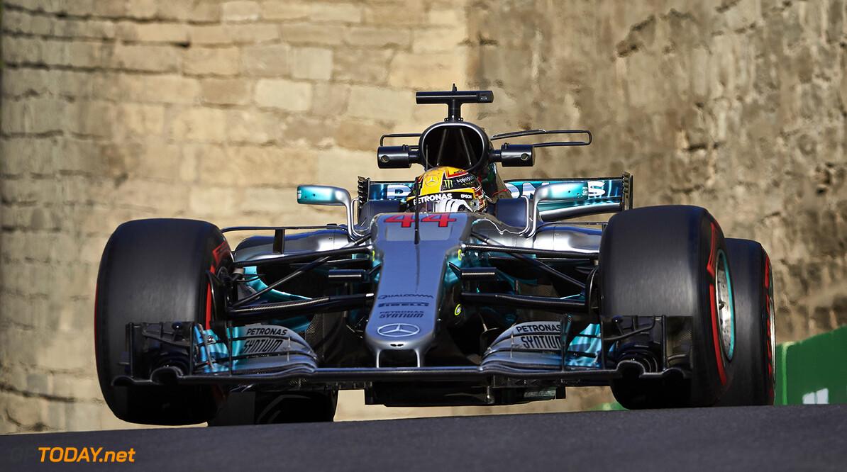 Mercedes kan losse 'headrest' nog niet verklaren