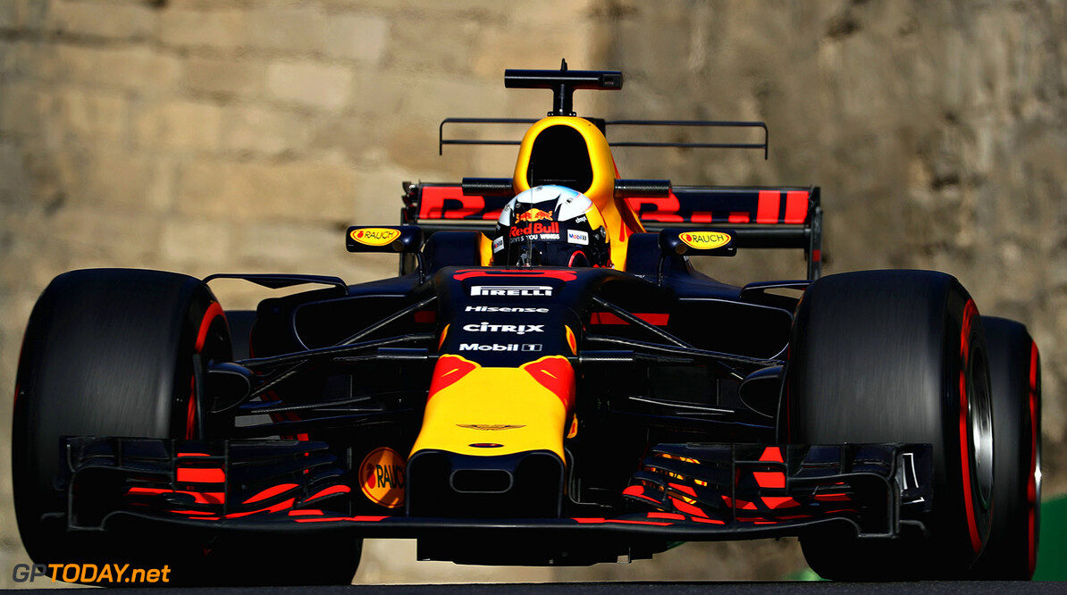BAKU, AZERBAIJAN - JUNE 23: Daniel Ricciardo of Australia driving the (3) Red Bull Racing Red Bull-TAG Heuer RB13 TAG Heuer on track during practice for the Azerbaijan Formula One Grand Prix at Baku City Circuit on June 23, 2017 in Baku, Azerbaijan.  (Photo by Mark Thompson/Getty Images) // Getty Images / Red Bull Content Pool  // P-20170623-01548 // Usage for editorial use only // Please go to www.redbullcontentpool.com for further information. //  Azerbaijan F1 Grand Prix - Practice Mark Thompson Baku Azerbaijan  P-20170623-01548