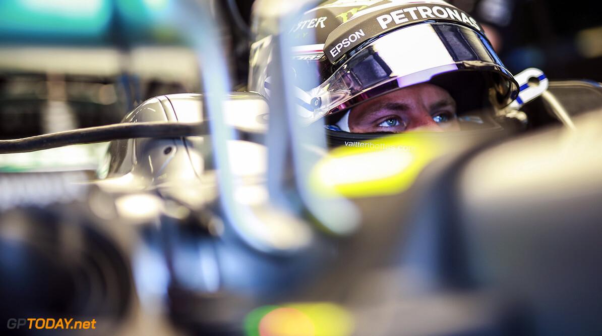 <b>Race verslag:</b> Bottas wint in Oostenrijk, Verstappen is pechduivel nog niet kwijt