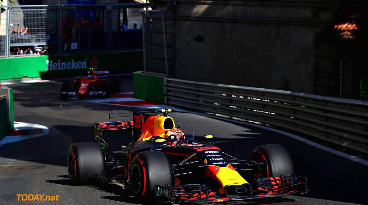 BAKU, AZERBAIJAN - JUNE 25:  Max Verstappen of the Netherlands driving the (33) Red Bull Racing Red Bull-TAG Heuer RB13 TAG Heuer leads Kimi Raikkonen of Finland driving the (7) Scuderia Ferrari SF70H on track during the Azerbaijan Formula One Grand Prix at Baku City Circuit on June 25, 2017 in Baku, Azerbaijan.  (Photo by Clive Rose/Getty Images) // Getty Images / Red Bull Content Pool  // P-20170625-00639 // Usage for editorial use only // Please go to www.redbullcontentpool.com for further information. //  Azerbaijan F1 Grand Prix Clive Rose Baku Azerbaijan  P-20170625-00639