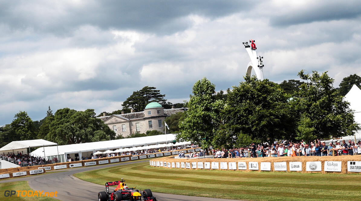 CHICHESTER, ENGLAND - JULY 01:  Pierre Gasly of France and Red Bull Racing performs a run up the hill during the Goodwood Festival of Speed at Goodwood on July 1, 2017 in Chichester, England.  (Photo by James Bearne/Getty Images) // Getty Images / Red Bull Content Pool  // P-20170701-01273 // Usage for editorial use only // Please go to www.redbullcontentpool.com for further information. //  Goodwood Festival of Speed  Goodwood House United Kingdom  P-20170701-01273