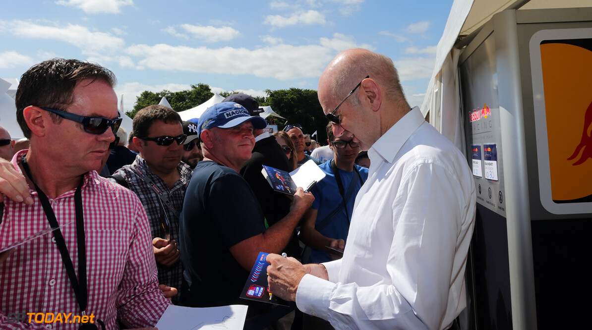 CHICHESTER, ENGLAND - JULY 02:  Adrian Newey, the Chief Technical Officer of Red Bull Racing signs autographs for fans during the Goodwood Festival of Speed at Goodwood on July 2, 2017 in Chichester, England.  (Photo by James Bearne/Getty Images) // Getty Images / Red Bull Content Pool  // P-20170702-00571 // Usage for editorial use only // Please go to www.redbullcontentpool.com for further information. //  Goodwood Festival of Speed  Goodwood House United Kingdom  P-20170702-00571