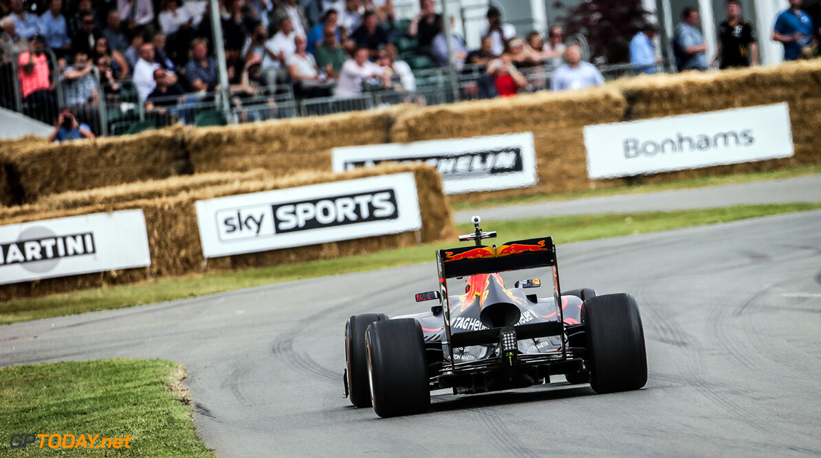CHICHESTER, ENGLAND - JULY 02:  Pierre Gasly of France and Red Bull Racing drives during the Goodwood Festival of Speed at Goodwood on July 2, 2017 in Chichester, England.  (Photo by James Bearne/Getty Images) // Getty Images / Red Bull Content Pool  // P-20170702-01742 // Usage for editorial use only // Please go to www.redbullcontentpool.com for further information. //  Goodwood Festival of Speed  Goodwood House United Kingdom  P-20170702-01742