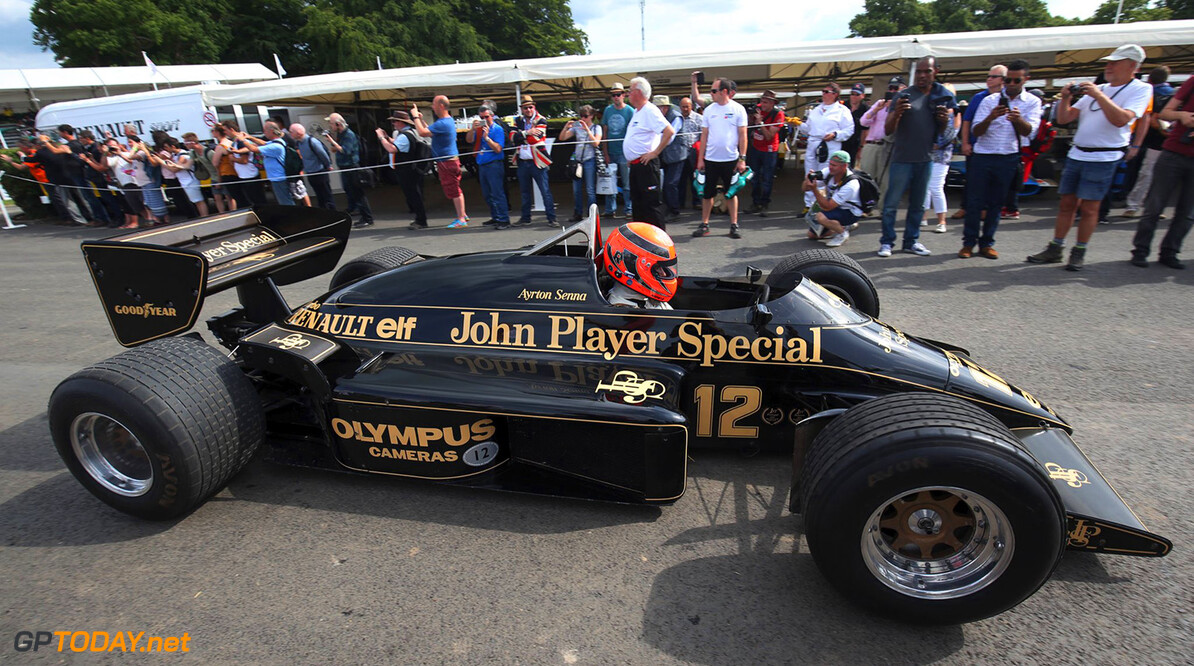 <b>Video:</b> F1-auto's racen over Goodwood Circuit