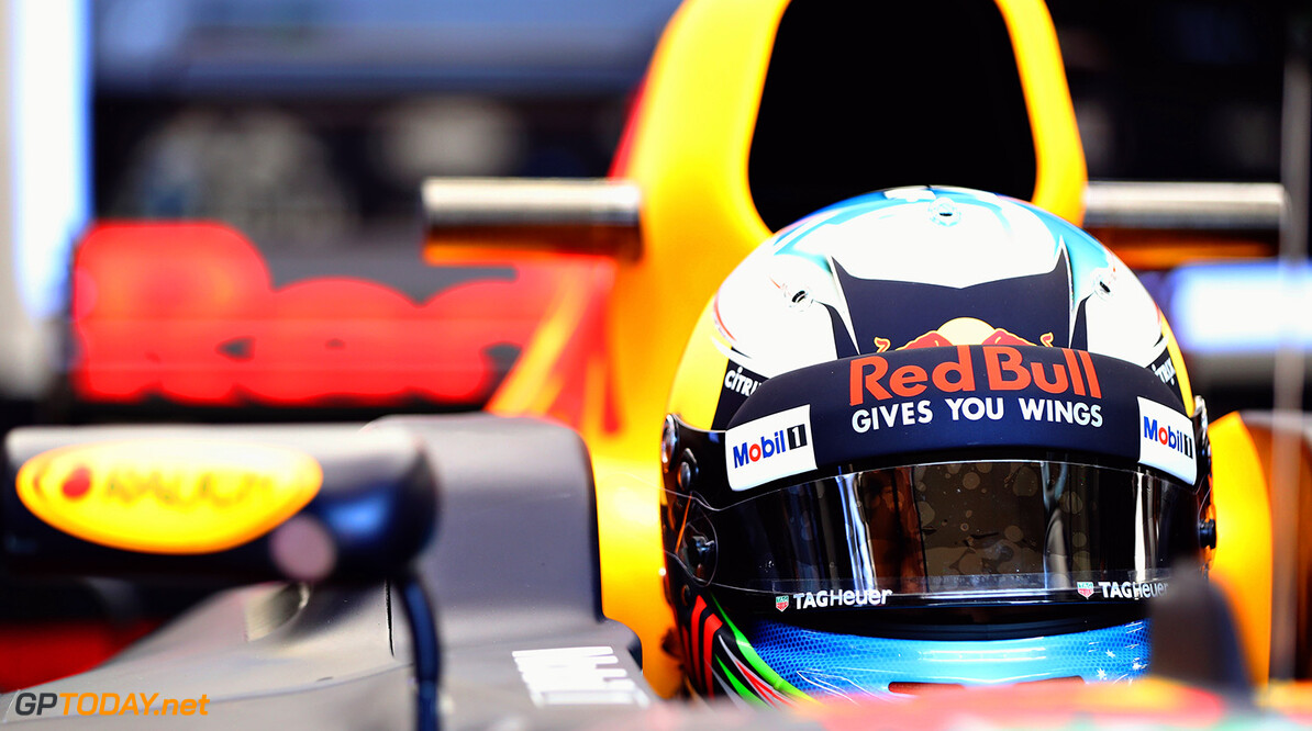 SPIELBERG, AUSTRIA - JULY 07:  Daniel Ricciardo of Australia and Red Bull Racing prepares to drive during practice for the Formula One Grand Prix of Austria at Red Bull Ring on July 7, 2017 in Spielberg, Austria.  (Photo by Mark Thompson/Getty Images) // Getty Images / Red Bull Content Pool  // P-20170707-00371 // Usage for editorial use only // Please go to www.redbullcontentpool.com for further information. //  F1 Grand Prix of Austria - Practice Mark Thompson Red Bull Ring Austria  P-20170707-00371