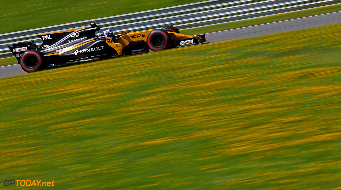 Formula One World Championship Jolyon Palmer (GBR) Renault Sport F1 Team RS17. Austrian Grand Prix, Friday 7th July 2017. Spielberg, Austria. Motor Racing - Formula One World Championship - Austrian Grand Prix - Practice Day - Spielberg, Austria Renault Sport Formula One Team Spielberg Austria  Formula One Formula 1 F1 GP Grand Prix Circuit Austria Austrian Spielberg Zeltweg JM729 Action Track GP1709b