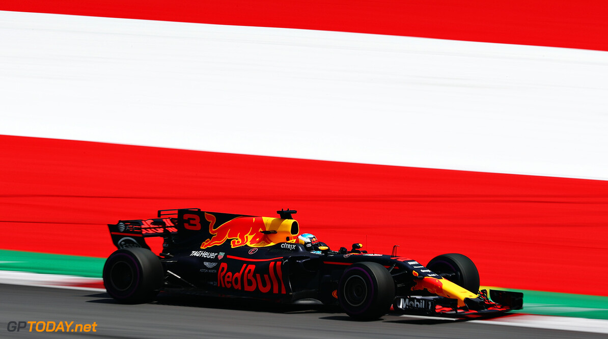 SPIELBERG, AUSTRIA - JULY 07: Daniel Ricciardo of Australia driving the (3) Red Bull Racing Red Bull-TAG Heuer RB13 TAG Heuer on track during practice for the Formula One Grand Prix of Austria at Red Bull Ring on July 7, 2017 in Spielberg, Austria.  (Photo by Lars Baron/Getty Images) // Getty Images / Red Bull Content Pool  // P-20170707-02051 // Usage for editorial use only // Please go to www.redbullcontentpool.com for further information. //  F1 Grand Prix of Austria - Practice Lars Baron Red Bull Ring Austria  P-20170707-02051