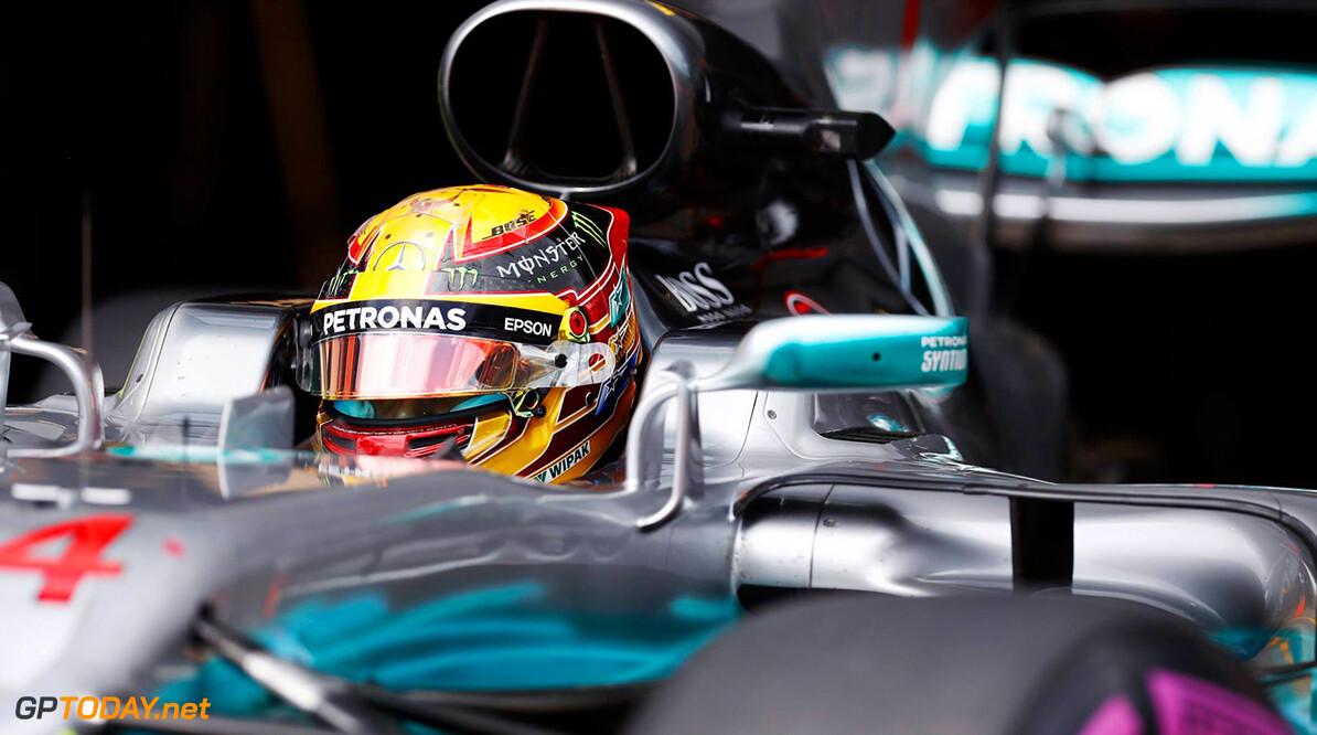 Kwalificatie: Lewis Hamilton met overmacht op pole, Max Verstappen vijfde