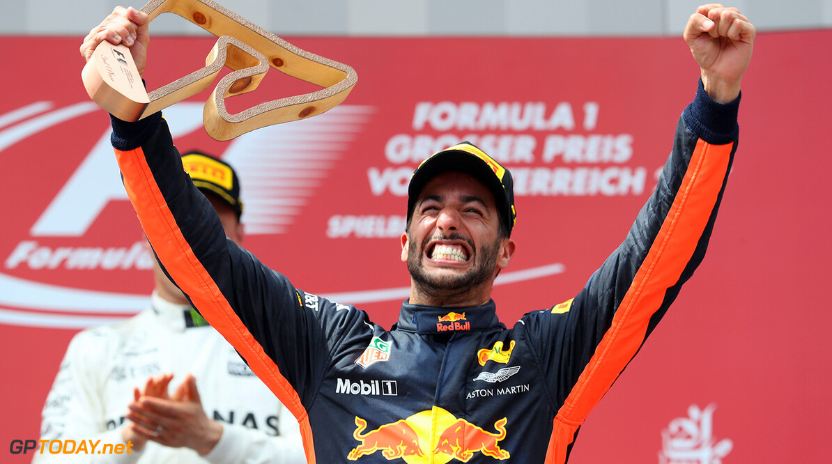SPIELBERG, AUSTRIA - JULY 09:  Daniel Ricciardo of Australia and Red Bull Racing celebrates finishing in third place on the podium during the Formula One Grand Prix of Austria at Red Bull Ring on July 9, 2017 in Spielberg, Austria.  (Photo by Mark Thompson/Getty Images) // Getty Images / Red Bull Content Pool  // P-20170709-02449 // Usage for editorial use only // Please go to www.redbullcontentpool.com for further information. //  F1 Grand Prix of Austria Mark Thompson Red Bull Ring Austria  P-20170709-02449