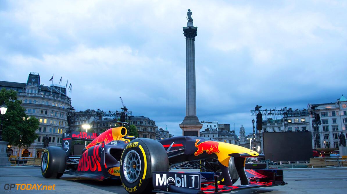 F1 schedule London street demo on Wednesday