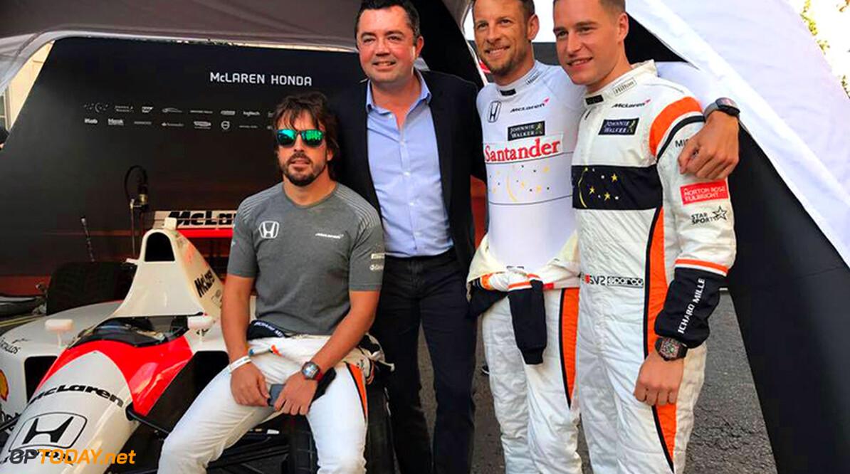 """Jenson Button: """"Schrijf nooit de slimme en snelle Alonso af"""""""