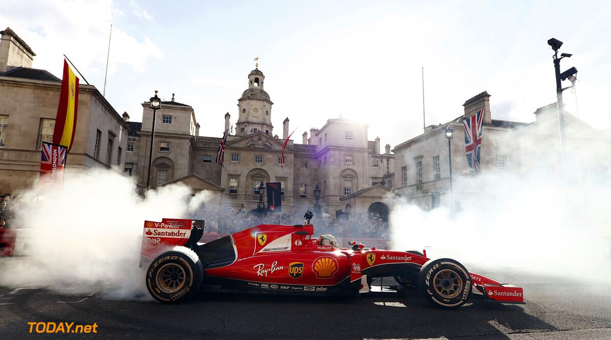 Ferrari laat op social media de motor voor 2018 brullen