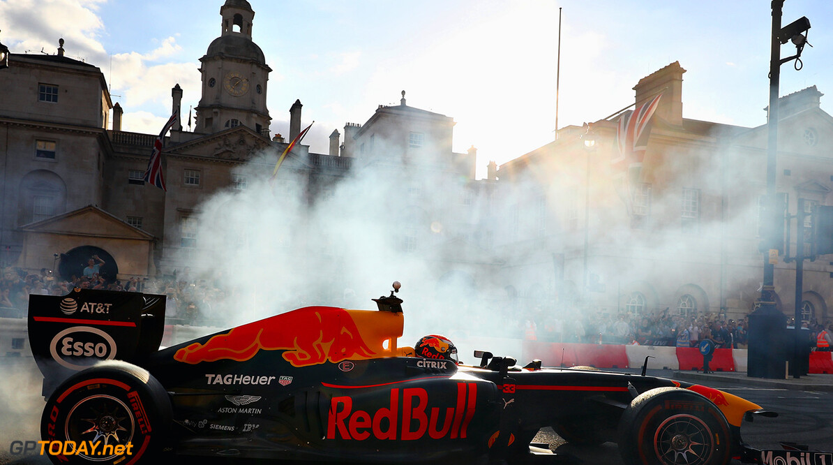 LONDON, ENGLAND - JULY 12:  Max Verstappen of Netherlands and Red Bull Racing driving the Red Bull Racing RB7 during F1 Live London at Trafalgar Square on July 12, 2017 in London, England.  F1 Live London, the first time in Formula 1 history that all 10 teams come together outside of a race weekend to put on a show for the public in the heart of London.  (Photo by Clive Mason/Getty Images for Formula 1) // Getty Images / Red Bull Content Pool  // P-20170713-00178 // Usage for editorial use only // Please go to www.redbullcontentpool.com for further information. //  F1 Live In London Takes Over Trafalgar Square - Car Parade Clive Mason London United Kingdom  P-20170713-00178