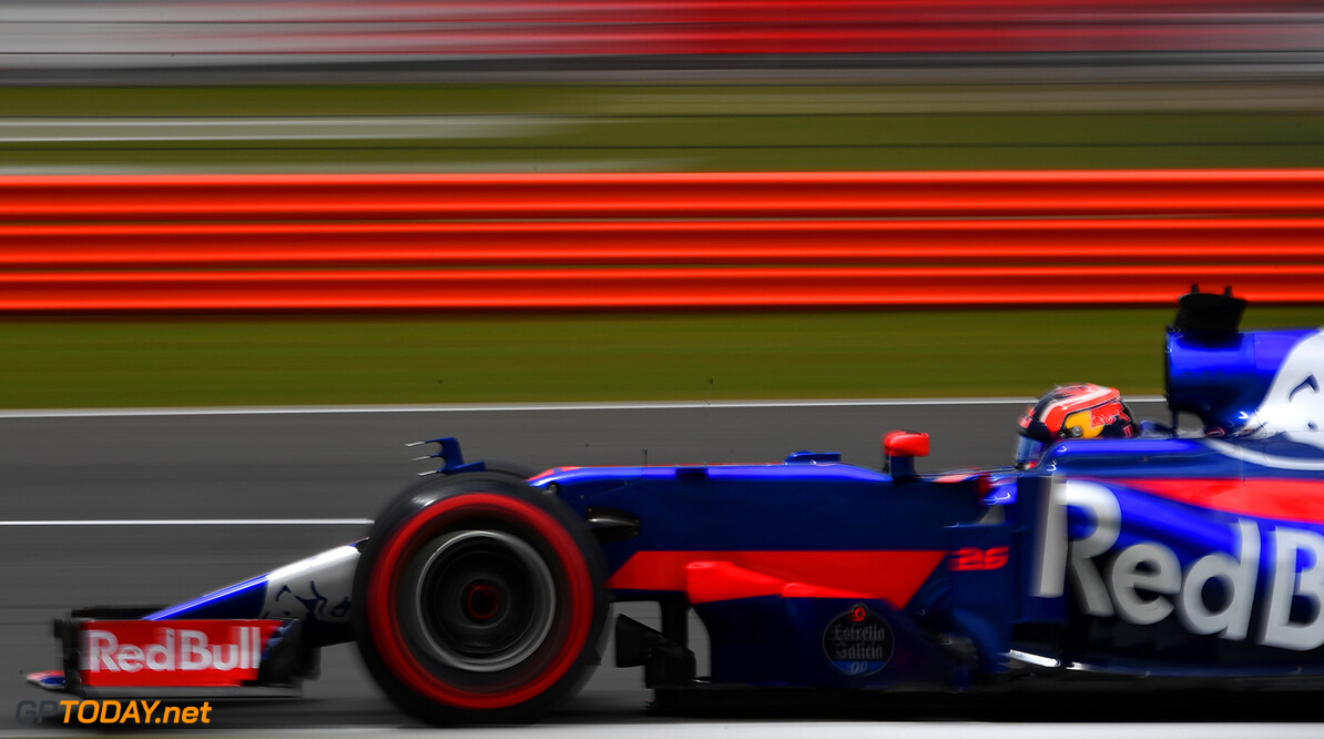NORTHAMPTON, ENGLAND - JULY 14: Daniil Kvyat of Russia driving the (26) Scuderia Toro Rosso STR12 on track during practice for the Formula One Grand Prix of Great Britain at Silverstone on July 14, 2017 in Northampton, England.  (Photo by Dan Mullan/Getty Images) // Getty Images / Red Bull Content Pool  // P-20170714-01449 // Usage for editorial use only // Please go to www.redbullcontentpool.com for further information. //  F1 Grand Prix of Great Britain - Practice Dan Mullan Silverstone United Kingdom  P-20170714-01449