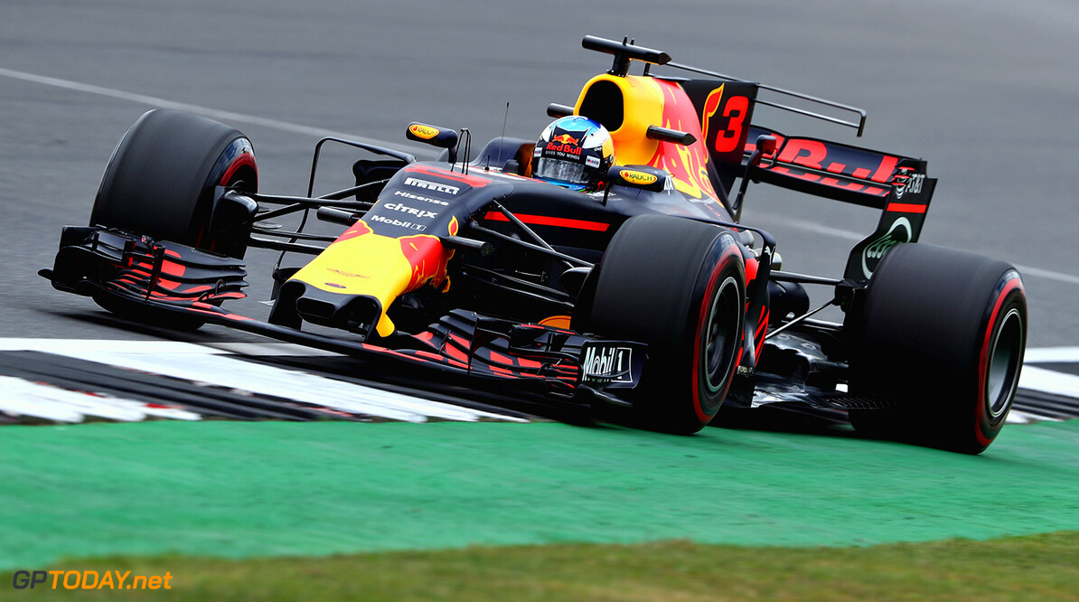 NORTHAMPTON, ENGLAND - JULY 14: Daniel Ricciardo of Australia driving the (3) Red Bull Racing Red Bull-TAG Heuer RB13 TAG Heuer on track during practice for the Formula One Grand Prix of Great Britain at Silverstone on July 14, 2017 in Northampton, England.  (Photo by Mark Thompson/Getty Images) // Getty Images / Red Bull Content Pool  // P-20170714-01200 // Usage for editorial use only // Please go to www.redbullcontentpool.com for further information. //  F1 Grand Prix of Great Britain - Practice Mark Thompson Silverstone United Kingdom  P-20170714-01200