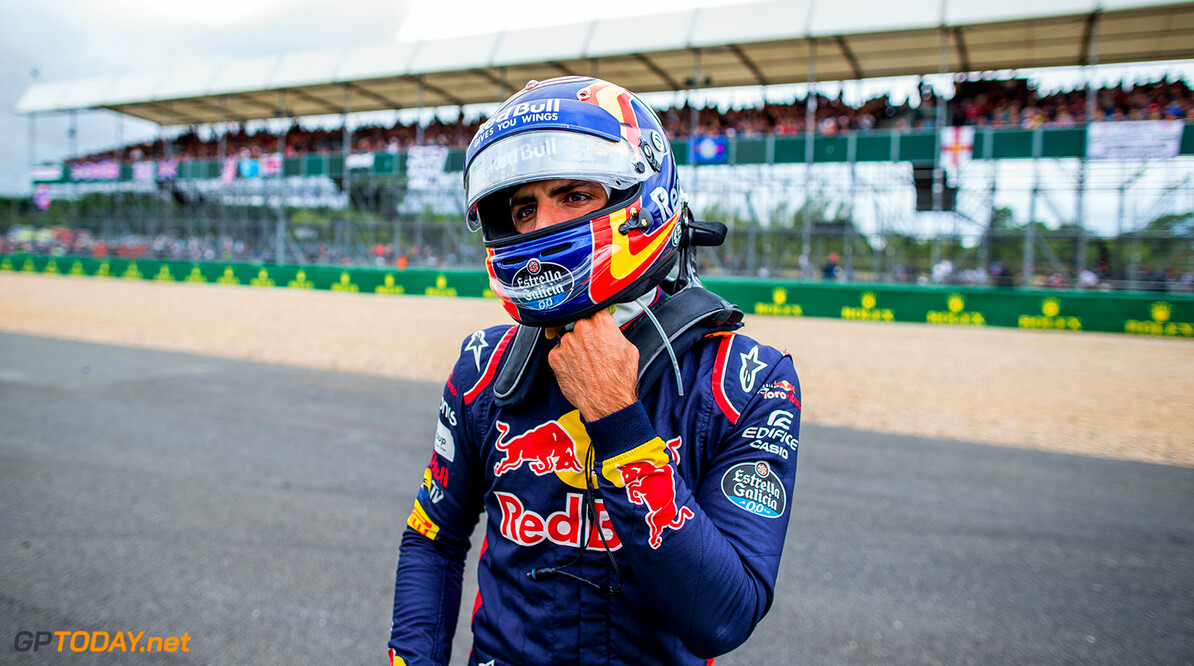 NORTHAMPTON, ENGLAND - JULY 16:  Carlos Sainz of Scuderia Toro Rosso and Spain during the Formula One Grand Prix of Great Britain at Silverstone on July 16, 2017 in Northampton, England.  (Photo by Peter Fox/Getty Images) // Getty Images / Red Bull Content Pool  // P-20170716-01284 // Usage for editorial use only // Please go to www.redbullcontentpool.com for further information. //  F1 Grand Prix of Great Britain Peter Fox Silverstone United Kingdom  P-20170716-01284