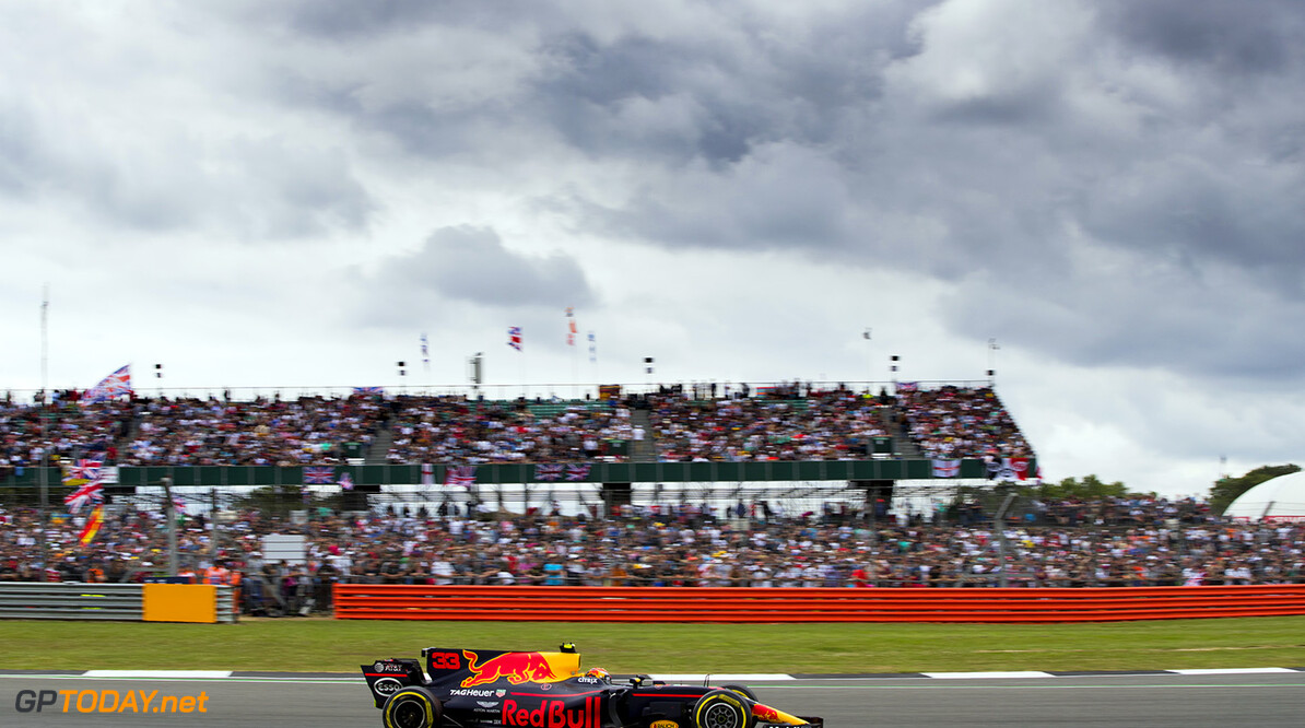 NORTHAMPTON, ENGLAND - JULY 16: Max Verstappen of the Netherlands driving the (33) Red Bull Racing Red Bull-TAG Heuer RB13 TAG Heuer on track during the Formula One Grand Prix of Great Britain at Silverstone on July 16, 2017 in Northampton, England.  (Photo by Mark Thompson/Getty Images) // Getty Images / Red Bull Content Pool  // P-20170716-01220 // Usage for editorial use only // Please go to www.redbullcontentpool.com for further information. //  F1 Grand Prix of Great Britain  Silverstone United Kingdom  P-20170716-01220
