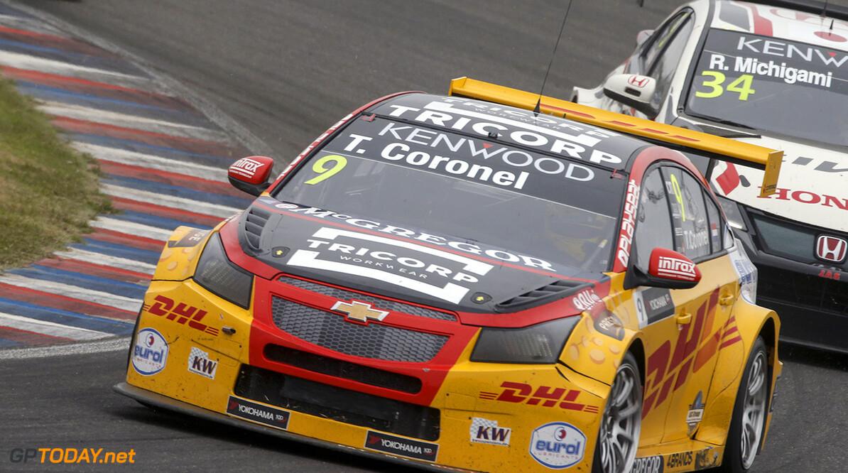 Bennani wint eerste race, Tom Coronel pakt podiumplaats