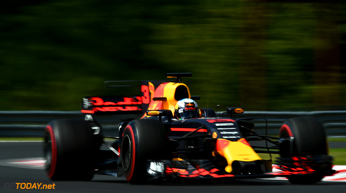 BUDAPEST, HUNGARY - JULY 28: Daniel Ricciardo of Australia driving the (3) Red Bull Racing Red Bull-TAG Heuer RB13 TAG Heuer on track during practice for the Formula One Grand Prix of Hungary at Hungaroring on July 28, 2017 in Budapest, Hungary.  (Photo by Dan Mullan/Getty Images) // Getty Images / Red Bull Content Pool  // P-20170728-02018 // Usage for editorial use only // Please go to www.redbullcontentpool.com for further information. //  F1 Grand Prix of Hungary - Practice Dan Mullan Budapest Hungary  P-20170728-02018