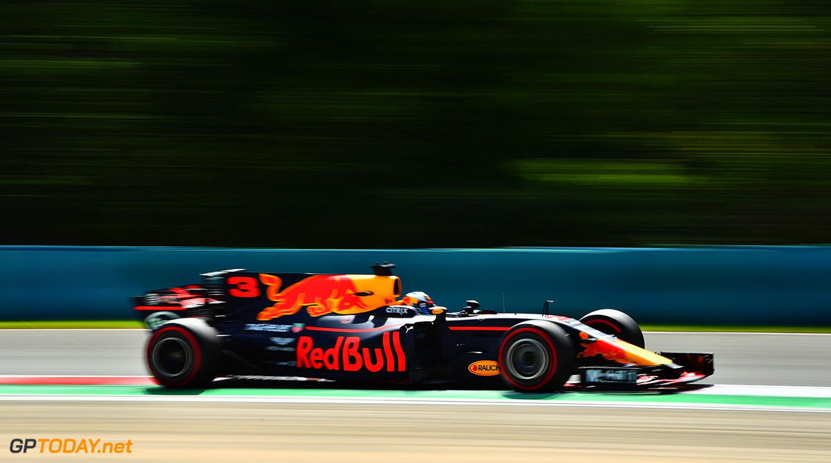 BUDAPEST, HUNGARY - JULY 28: Daniel Ricciardo of Australia driving the (3) Red Bull Racing Red Bull-TAG Heuer RB13 TAG Heuer on track during practice for the Formula One Grand Prix of Hungary at Hungaroring on July 28, 2017 in Budapest, Hungary.  (Photo by Dan Mullan/Getty Images) // Getty Images / Red Bull Content Pool  // P-20170728-01531 // Usage for editorial use only // Please go to www.redbullcontentpool.com for further information. //  F1 Grand Prix of Hungary - Practice Dan Mullan Budapest Hungary  P-20170728-01531