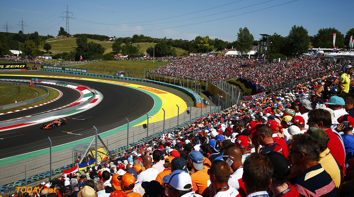 Hungaroring, Budapest, Hungary. . Sunday 30 July 2017. Fans watch Stoffel Vandoorne, McLaren MCL32 Honda.  Photo: Andrew Hone/McLaren ref: Digital Image _ONY2740      f1 formula 1 formula one gp grand prix Action