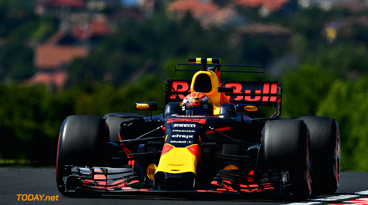 BUDAPEST, HUNGARY - JULY 30:  Max Verstappen of the Netherlands driving the (33) Red Bull Racing Red Bull-TAG Heuer RB13 TAG Heuer on track during the Formula One Grand Prix of Hungary at Hungaroring on July 30, 2017 in Budapest, Hungary.  (Photo by Dan Mullan/Getty Images) // Getty Images / Red Bull Content Pool  // P-20170730-00522 // Usage for editorial use only // Please go to www.redbullcontentpool.com for further information. //  F1 Grand Prix of Hungary Dan Mullan Budapest Hungary  P-20170730-00522