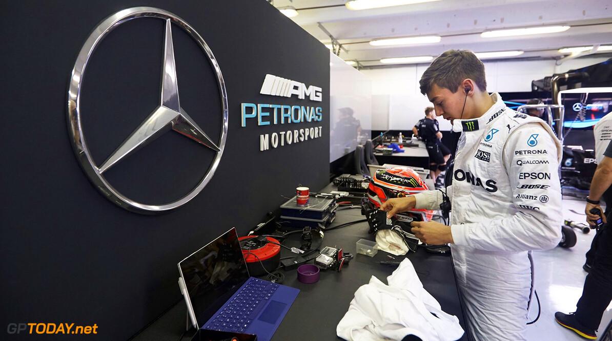 Russell zet Mercedes bovenaan op tweede testdag Hongarije