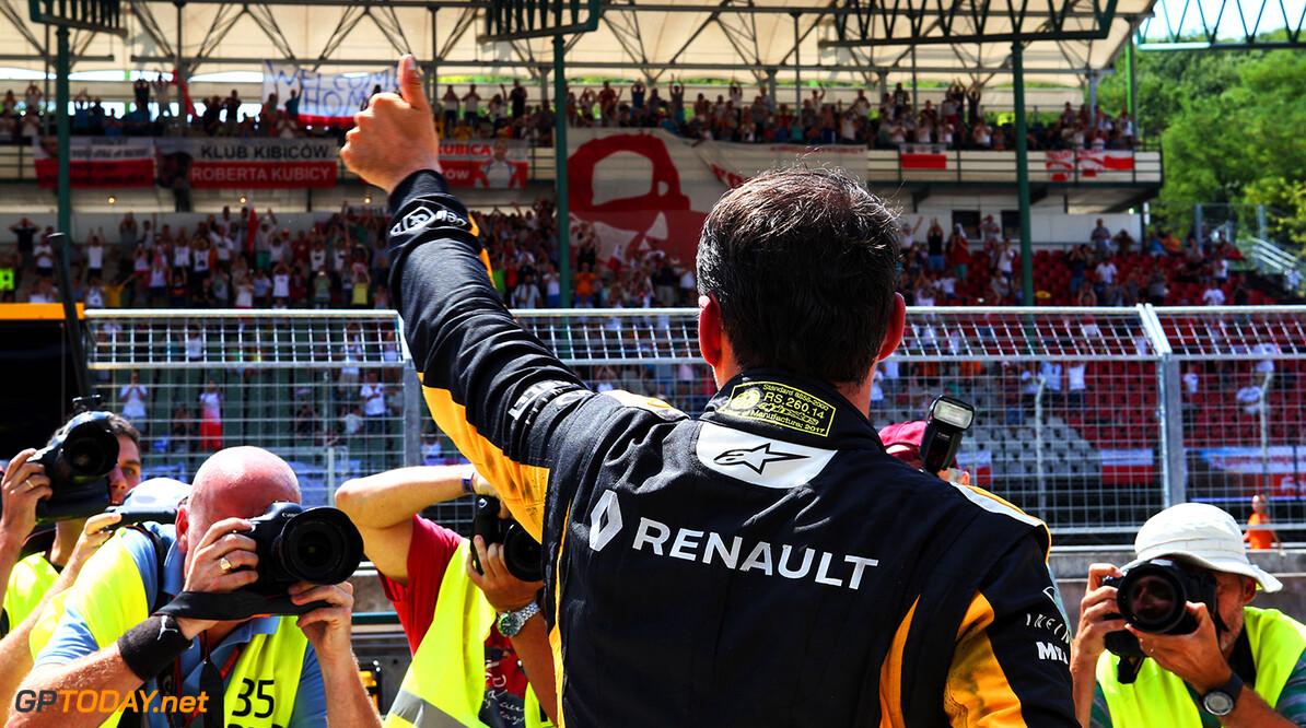 Formula One World Championship Robert Kubica (POL) Renault Sport F1 Team Test Driver waves to the fans in the grandstand. Formula One Testing. Wednesday 2nd August 2017. Budapest, Hungary. Motor Racing - Formula One Testing - Budapest, Hungary Renault Sport Formula One Team Budapest Hungary  Formula One Formula 1 F1 Circuit Hungaroring Hungarian Budapest Hungary Testing Test Post JM744 Crowd Fans Spectators Audience Portrait REN1705