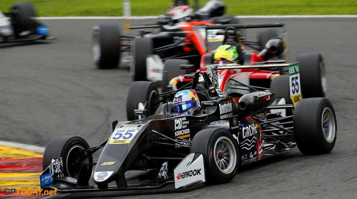 FIA Formula 3 European Championship, round 6, race 3, Spa-Franco 55 David Beckmann (DEU, Motopark, Dallara F317 - Volkswagen), 25 Mick Schumacher (DEU, Prema Powerteam, Dallara F317 - Mercedes-Benz), 96 Joey Mawson (AUS, Van Amersfoort Racing, Dallara F317 - Mercedes-Benz), FIA Formula 3 European Championship, round 6, race 3, Spa-Francorchamps (BEL), 27. - 29. July 2017 FIA Formula 3 European Championship 2017, round 6, race 3, Spa-Francorchamps (BEL) Thomas Suer Spa-Francorchamps Belgium