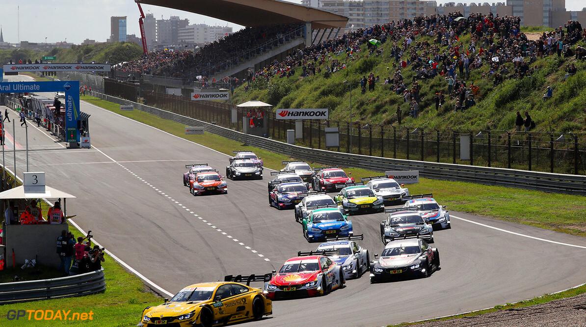 DTM race in Zandvoort Start Race 1 Motorsports: DTM race in Zandvoort HZ Zandvoort Netherlands  Action Aktion  Circuit Zandvoort DTM Motorsport Sport Zandvoort