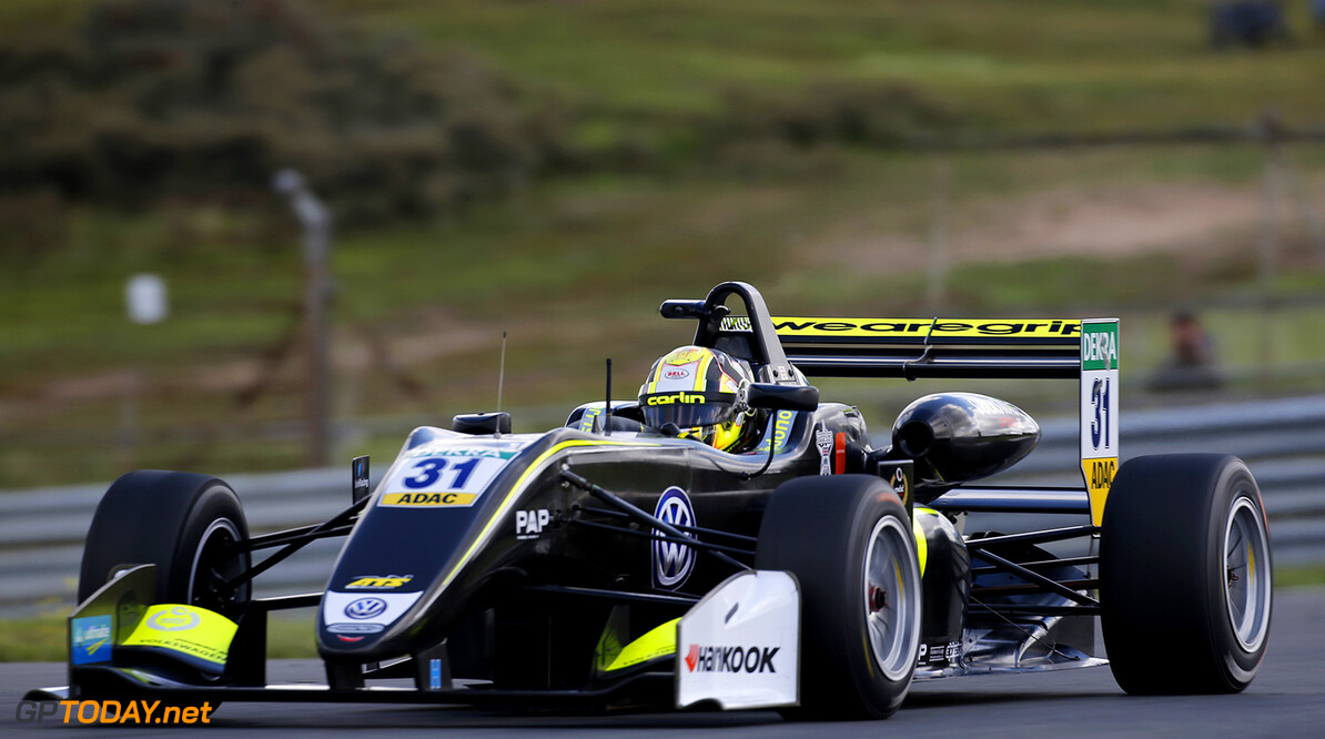 FIA Formula 3 European Championship, round 7, race 1, Zandvoort  31 Lando Norris (GBR, Carlin, Dallara F317 - Volkswagen), FIA Formula 3 European Championship, round 7, race 1, Zandvoort (NED), 18. - 20. August 2017 FIA Formula 3 European Championship 2017, round 7, race 1, Zandvoort (NED) Thomas Suer Zandvoort Netherlands