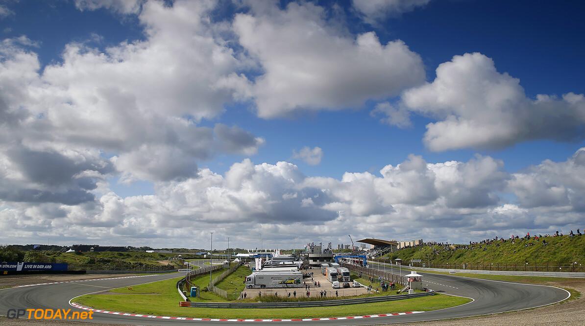 FIA Formula 3 European Championship, round 7, race 1, Zandvoort  First corner, curve, FIA Formula 3 European Championship, round 7, race 1, Zandvoort (NED), 18. - 20. August 2017 FIA Formula 3 European Championship 2017, round 7, race 1, Zandvoort (NED) Thomas Suer Zandvoort Netherlands
