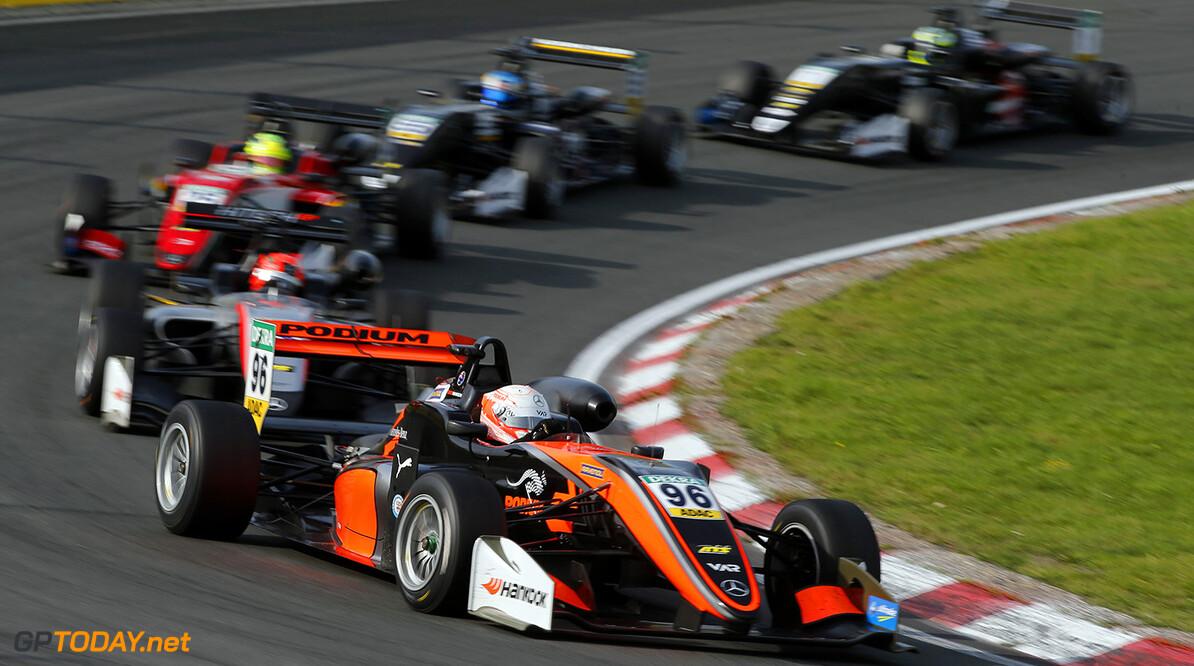 FIA Formula 3 European Championship, round 7, race 3, Zandvoort  96 Joey Mawson (AUS, Van Amersfoort Racing, Dallara F317 - Mercedes-Benz), FIA Formula 3 European Championship, round 7, race 3, Zandvoort (NED), 18. - 20. August 2017 FIA Formula 3 European Championship 2017, round 7, race 3, Zandvoort (NED) Thomas Suer Zandvoort Netherlands