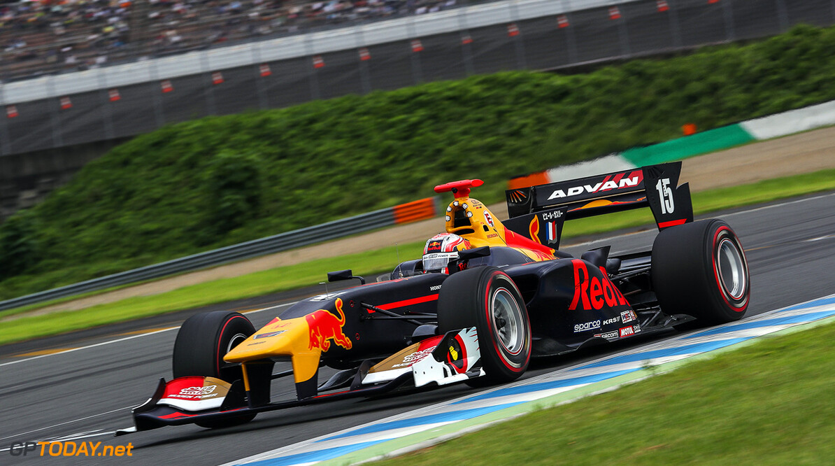 MOTEGI,JAPAN,20.AUG.17 - MOTORSPORTS, RED BULL JUNIOR TEAM - Japanese Super Formula Championship, Twin Ring Motegi. Image shows Pierre Gasly (FRA). // Dutch Photo Agency/Red Bull Content Pool // P-20170820-00354 // Usage for editorial use only // Please go to www.redbullcontentpool.com for further information. //  Pierre Gasly  Motegi Japan  P-20170820-00354