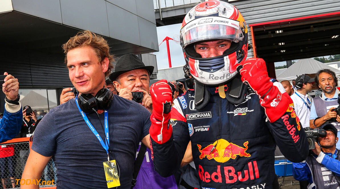 MOTEGI,JAPAN,20.AUG.17 - MOTORSPORTS, RED BULL JUNIOR TEAM - Japanese Super Formula Championship, Twin Ring Motegi. Image shows Pierre Gasly (FRA). // Dutch Photo Agency/Red Bull Content Pool // P-20170820-00351 // Usage for editorial use only // Please go to www.redbullcontentpool.com for further information. //  Pierre Gasly  Motegi Japan  P-20170820-00351